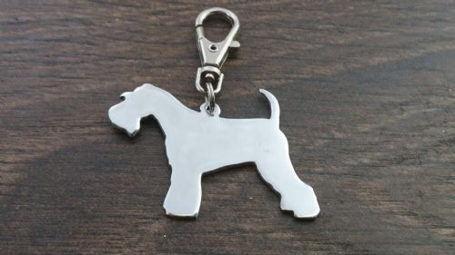 Minature Schnauzer keyring 4.5cm handmade by saw piercing